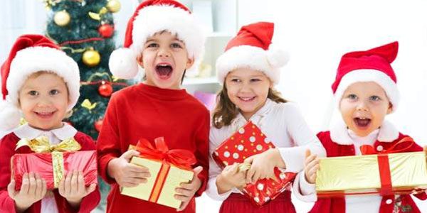 6 Ways to host a lively Christmas party without any financial crunch