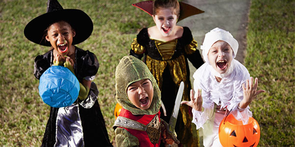 How-to-prevent-kids-from-spending-usd-74-on-this-halloween