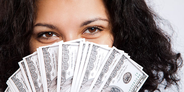Hidden-traits-women-have-which-make-them-better-money-managers