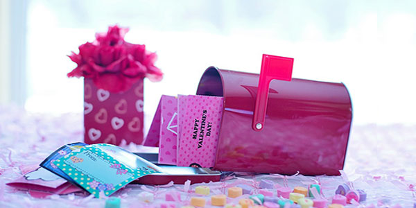 10 Superb Valentine's Day gift ideas within $10